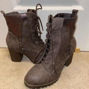 Vintage laced boots